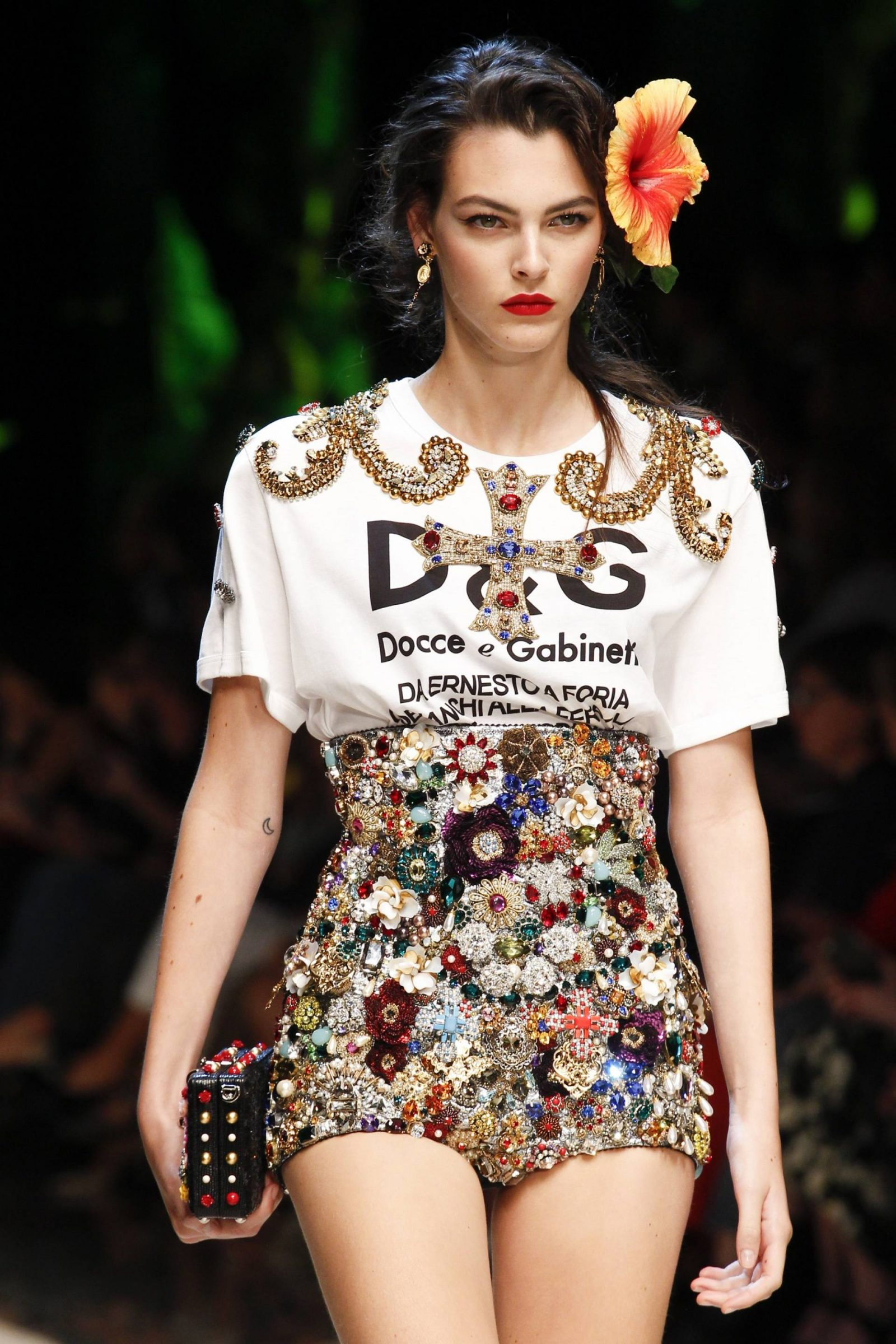 dolce-and-gabbana-spring-17-48