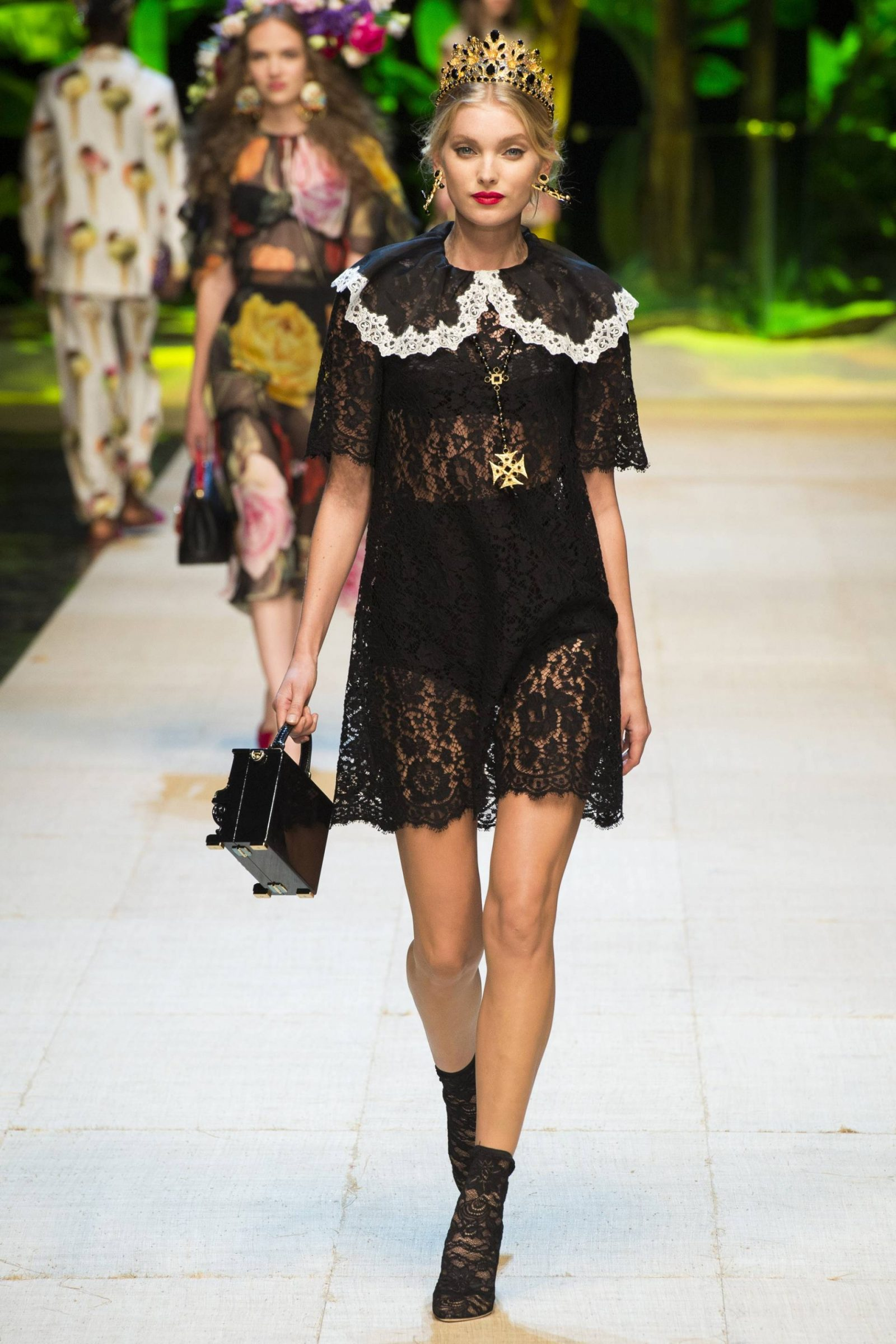 dolce-and-gabbana-spring-17-7
